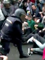 kommunismi ei ole poliisien mieleen